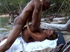 Esperanza Gomez fucks outdoors with a black guy