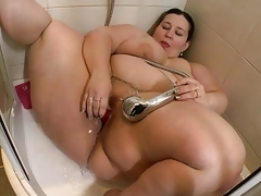 Bbw Takes Shower And Masturbate