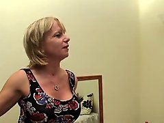 British Mom Cool Wake Up Call
