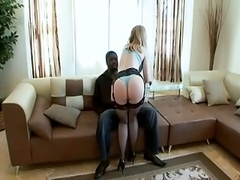 Queen Nina Craves A BBC Butt Fixl